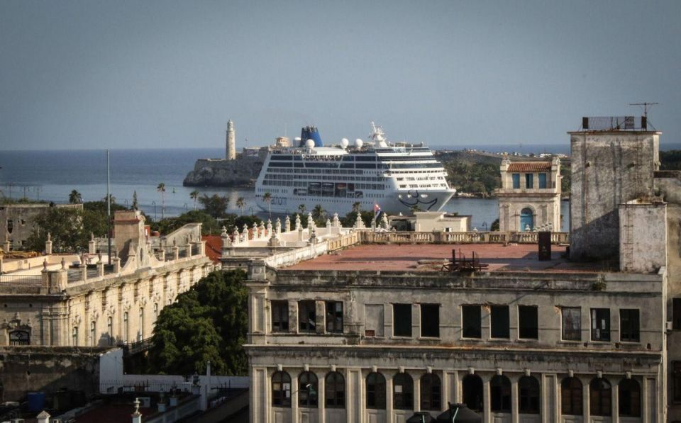 In Pictures: First US cruise ship to Cuba in 50 years