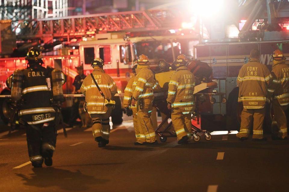 Video: Dozens hurt in New York blast