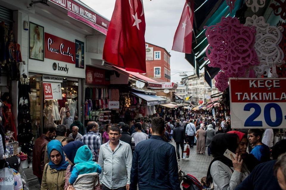 "Video: Turkey questions ""junk"" rating"