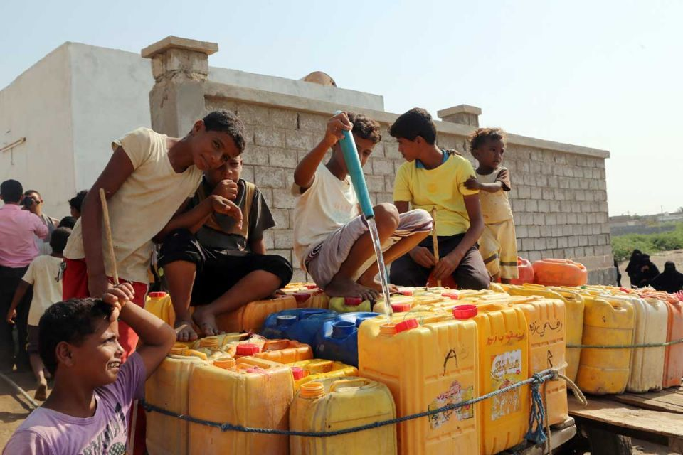 In pictures: Yemen water aid