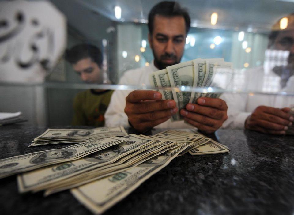 Pak rupee devaluation prompts UAE surge in remittances