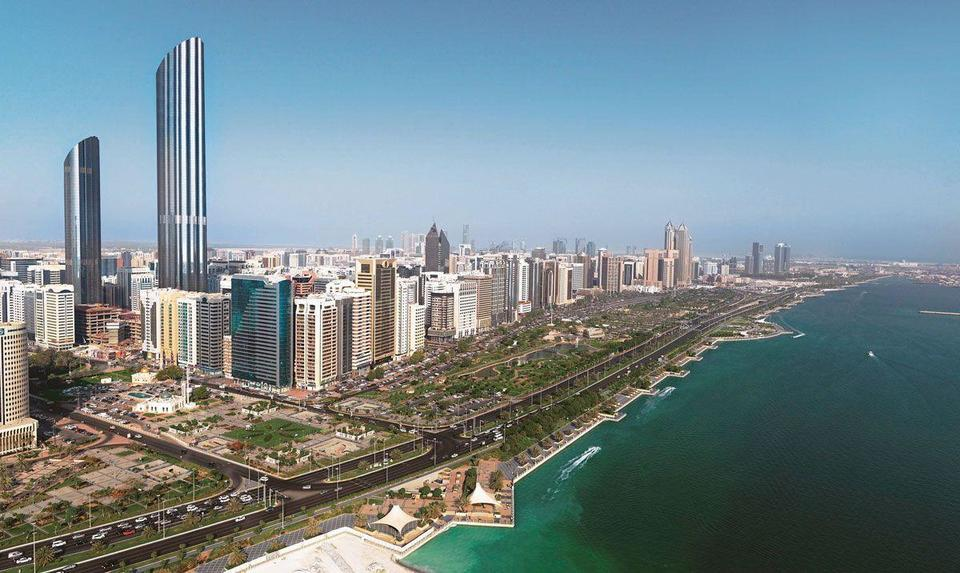 Abu Dhabi's non-oil foreign trade reached $21.81bn in H1