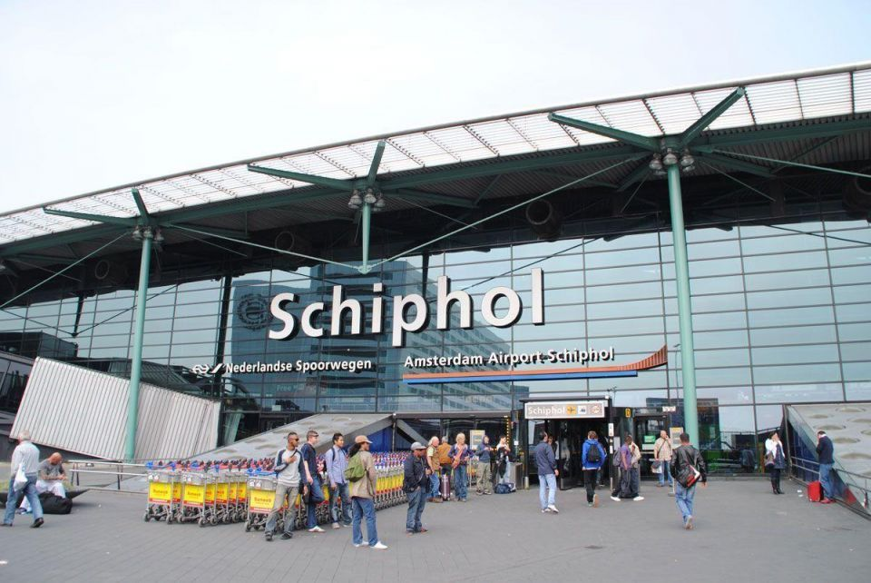 Dutch gov't blocks Gulf carriers' expansion at Amsterdam's Schiphol airport