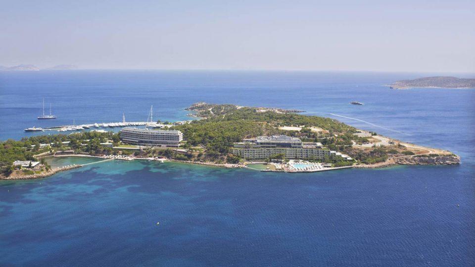 Gulf investors close $437m deal for Greek luxury seaside resort