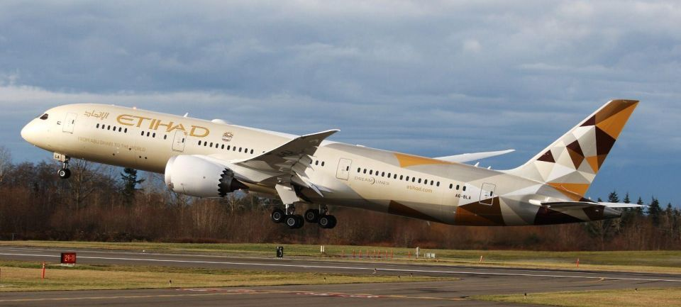 UAE's Etihad says to launch Dreamliner on Tokyo route