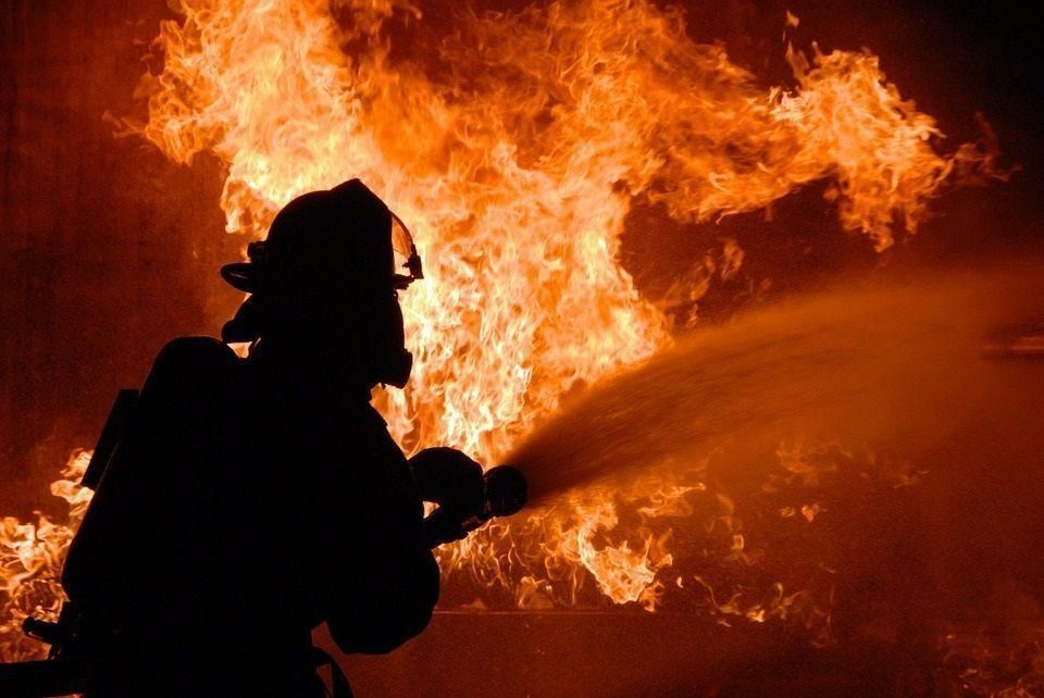 Blaze destroys 16 shops at Abu Dhabi fruit and veg market