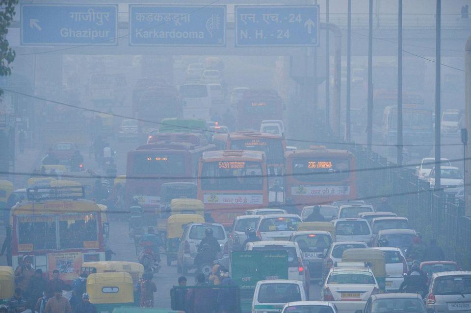 New Delhi moves to tackle choking pollution