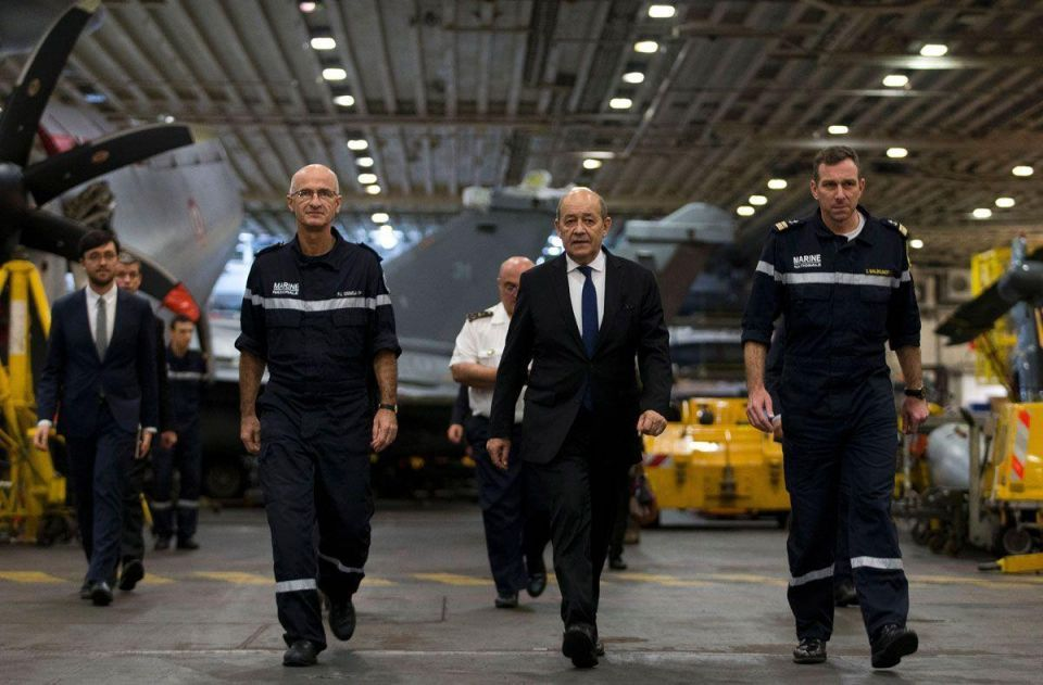 French defence minister spends New Year's Eve in the Gulf