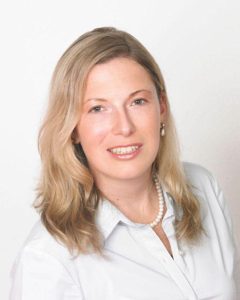 2016 Investor predictions: Heather Henyon, WAIN