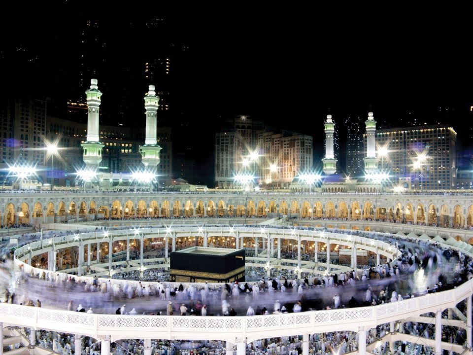 Saudi cleric calls mosque segregation 'phobia of women'