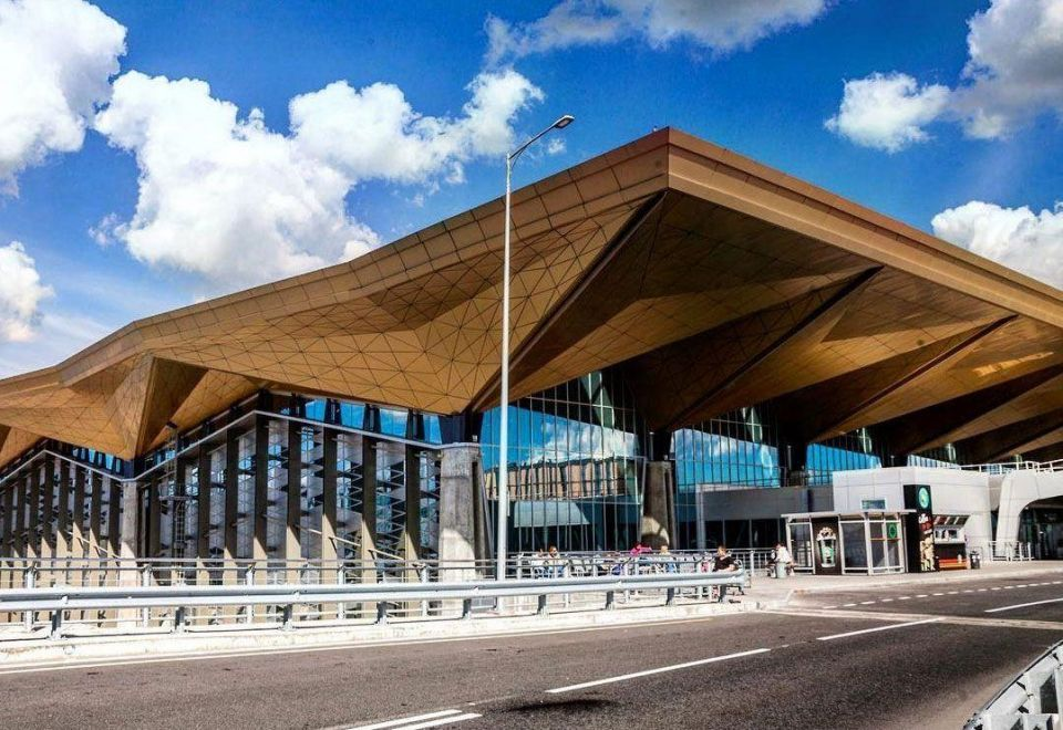 Qatar Investment Authority buys 24.9% stake in St Petersburg airport