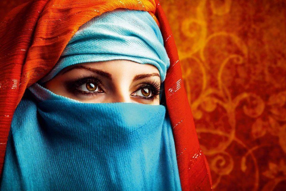 The Arab women making themselves heard online