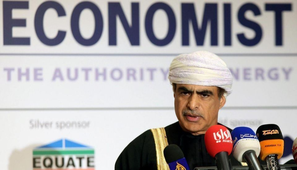 Oman says ready to cut oil output by 5-10% to prop up prices