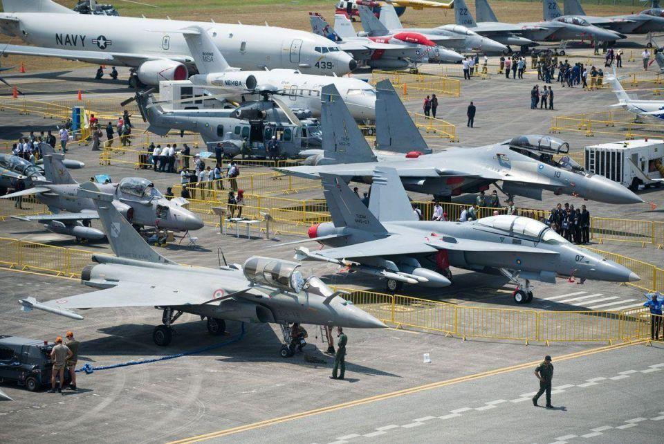MidEast defence sales rising, despite oil price slump, says Boeing