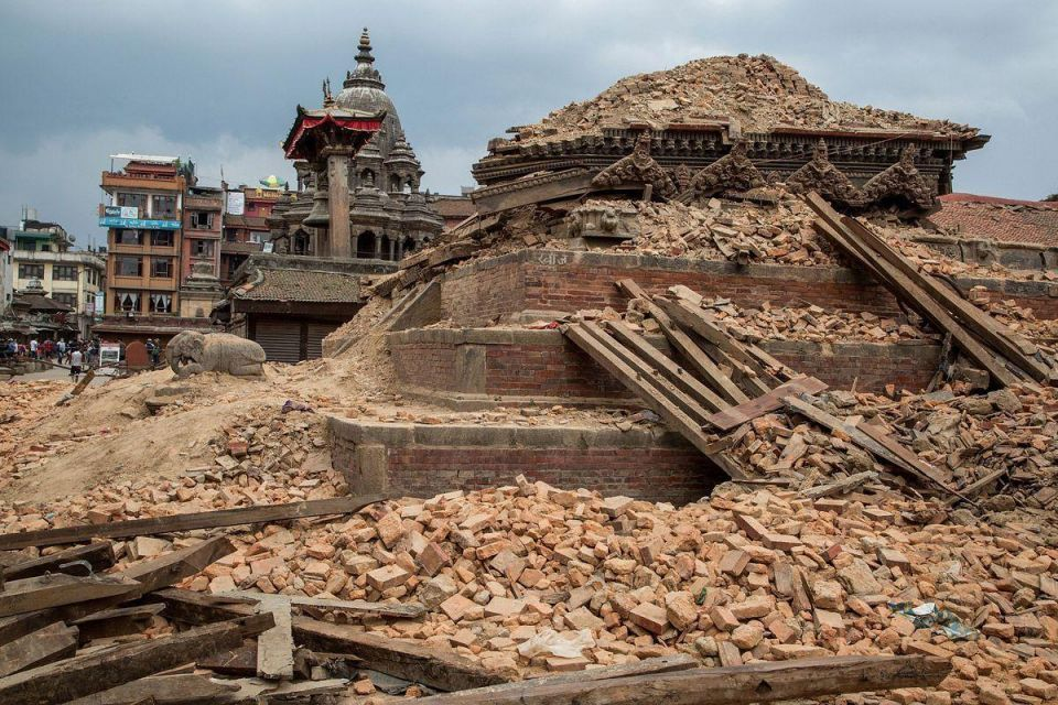 At least 41 killed, buildings collapse in fresh Nepal earthquake