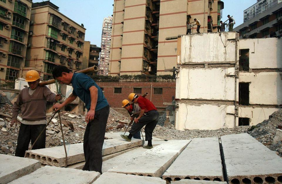 China uses more cement in three years than US did in 20th century
