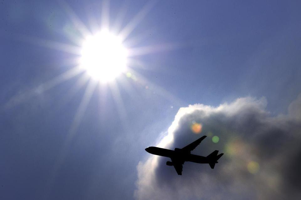 MENA carriers' profits to slip by 89% in 2011, warns IATA