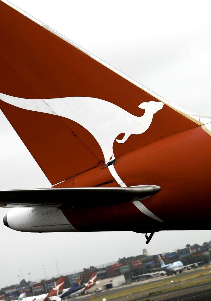 Qantas finds oil leaks in three A380 engines