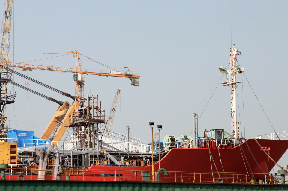 Tycoon close to deal for Drydocks' South Asia ops