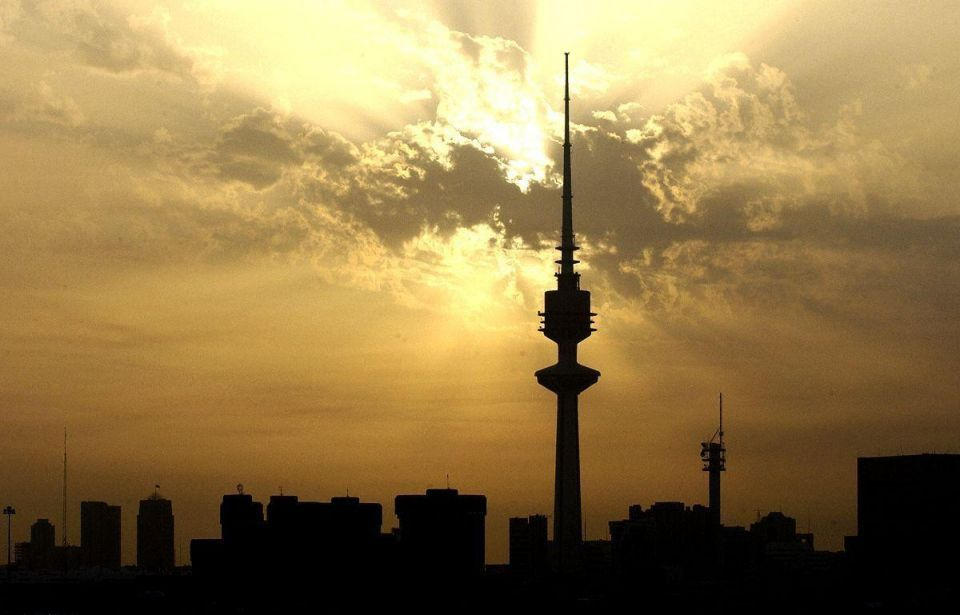 Kuwait mulling citizenship deal to lure foreign workers