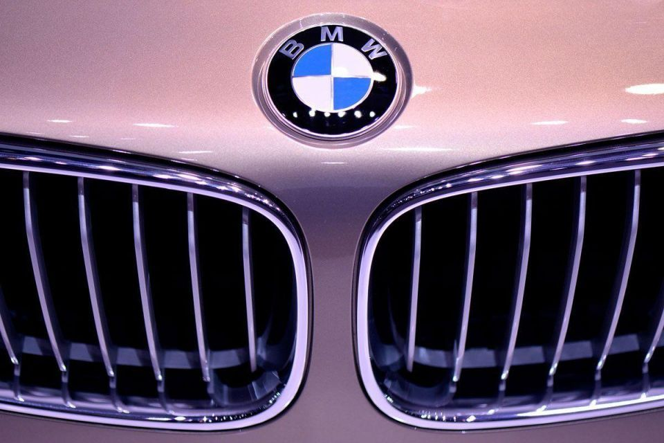 Bahrain ministers to get new BMW cars, despite rising deficit