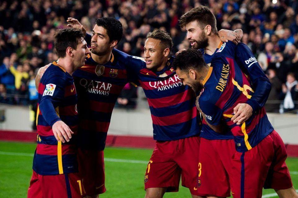FC Barcelona execs arrive in Doha to negotiate new shirt sponsor deal