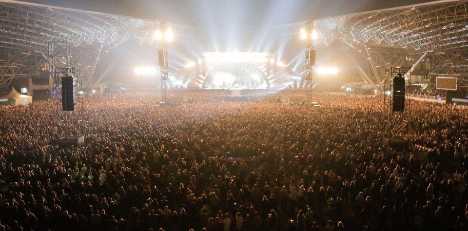 Dubai's du, Flash extend naming rights deal on Abu Dhabi venues
