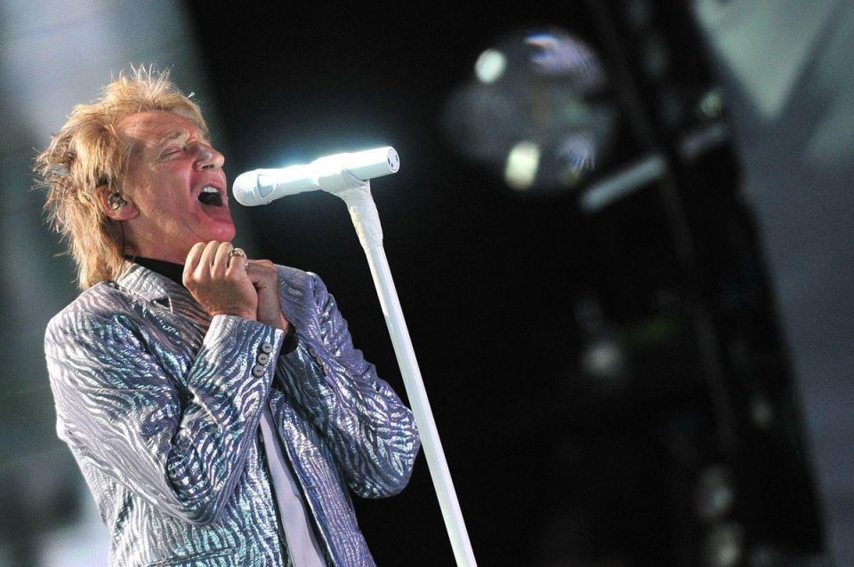 Rod Stewart to play first Abu Dhabi concert in March