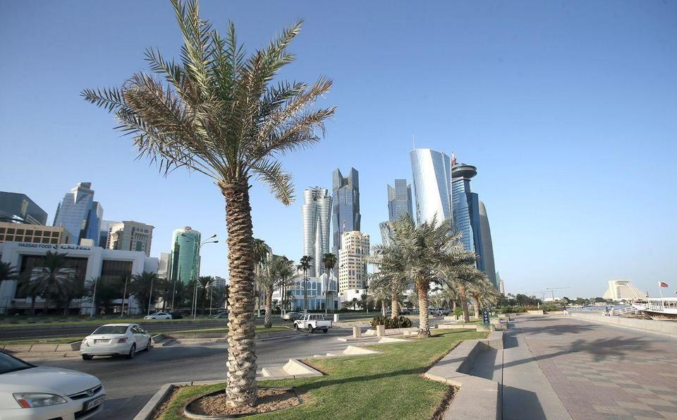 Qatar said to enforce new rules on expat driving licences
