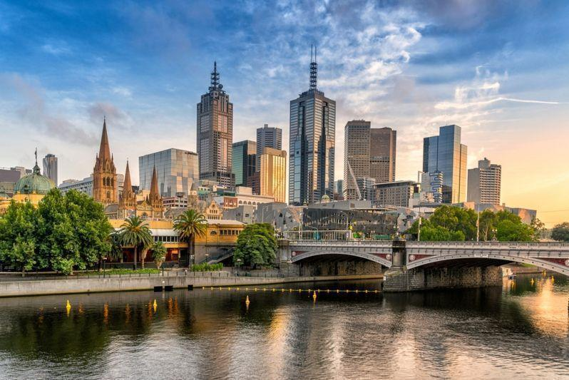 Australian economy grows at weakest pace since financial crisis