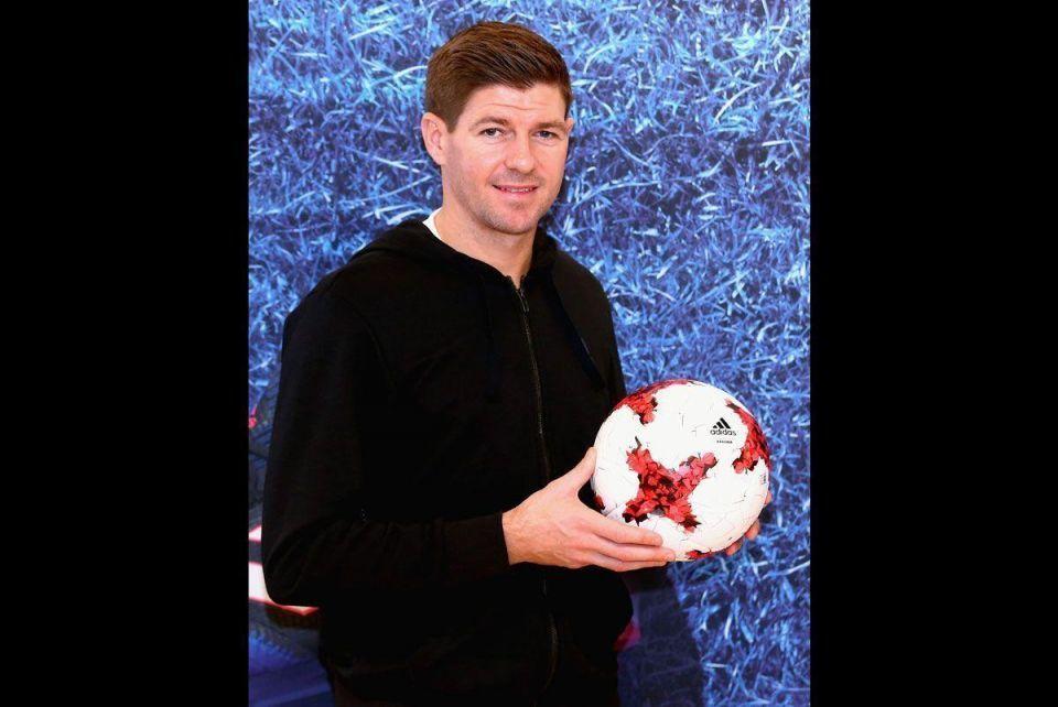In pictures: Steven Gerrard meets fans in Dubai