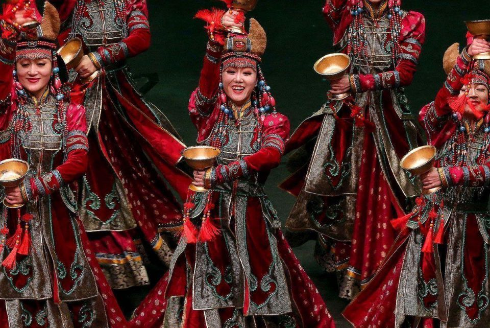 In pictures: Inner Mongolia Art Troupe of China in Kuwait