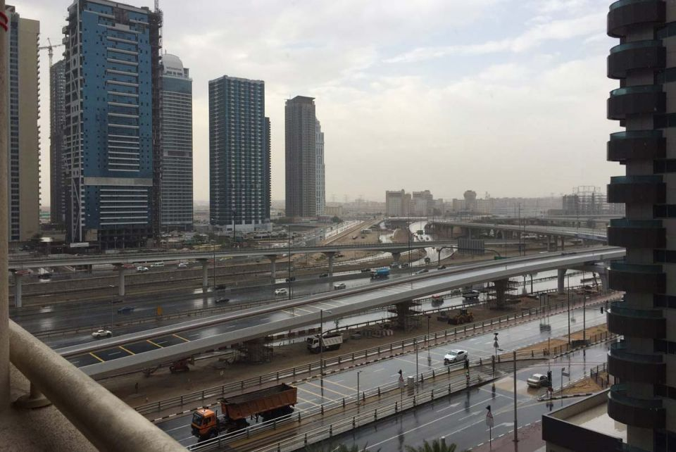 Dubai reports 160 rain-related accidents