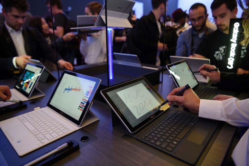 Samsung postpones Galaxy S8 launch