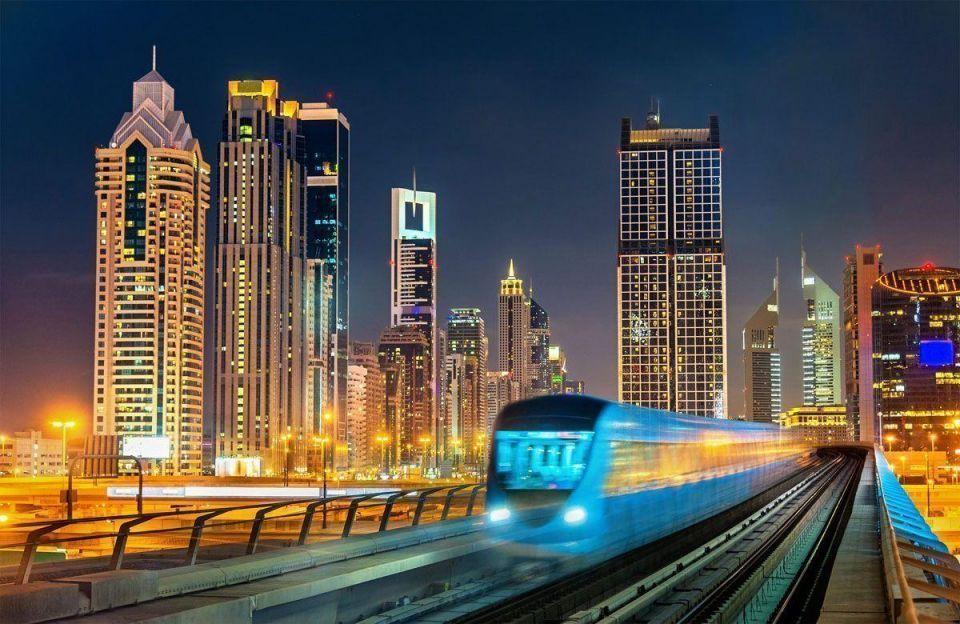 Dubai's non-oil foreign trade dips to $350bn in 2016