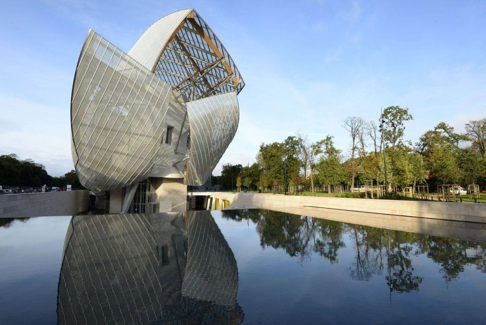 Brandline: The rise of Louis Vuitton (and LVMH Group)