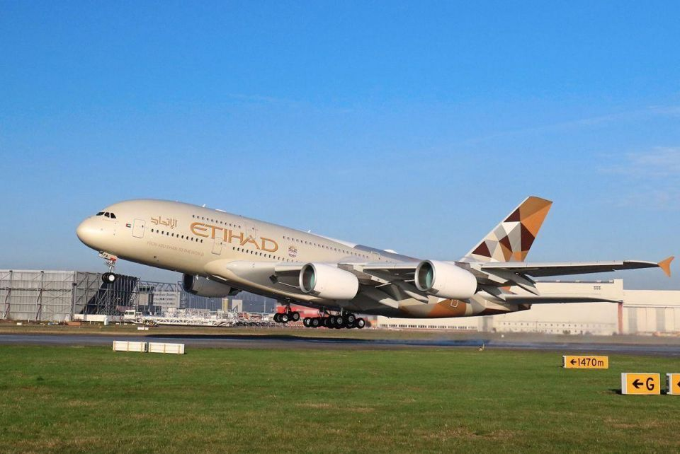 Etihad launches A380 on Paris route to meet rising demand