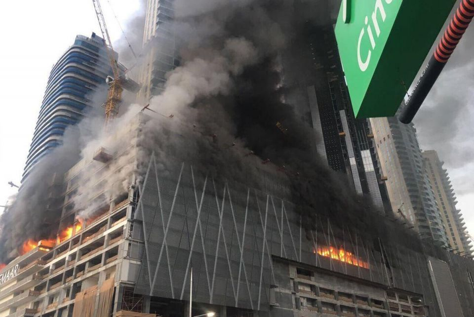 Smoke from fire near Dubai Mall billows over city