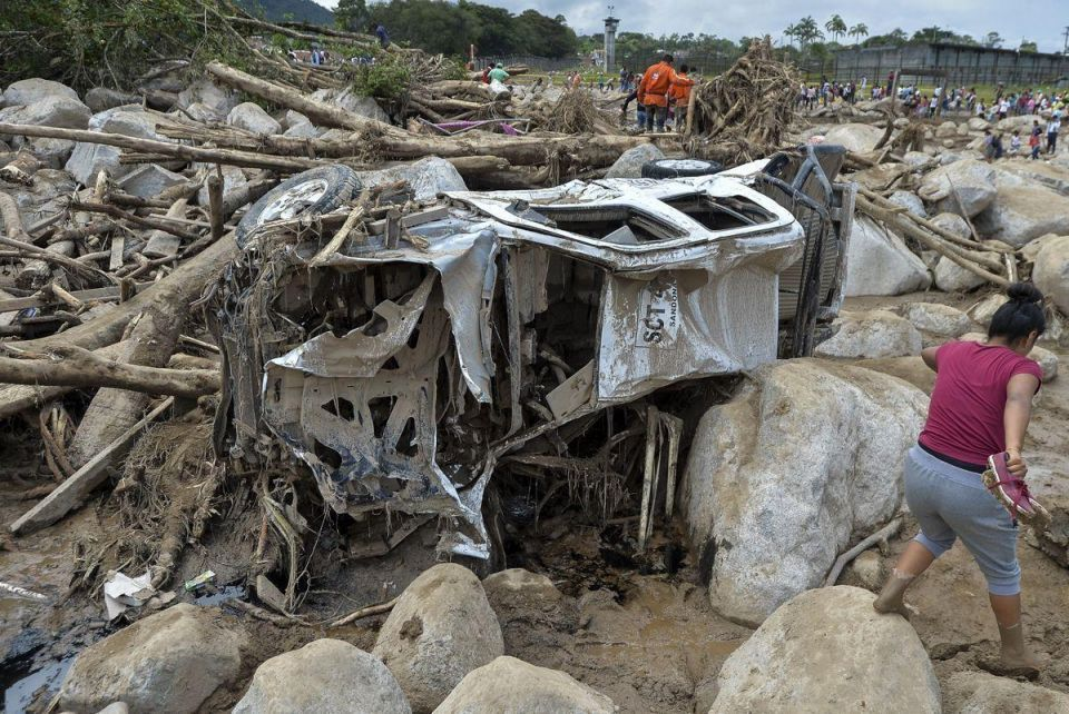In pictures: Hundreds dead in Colombia mudslides