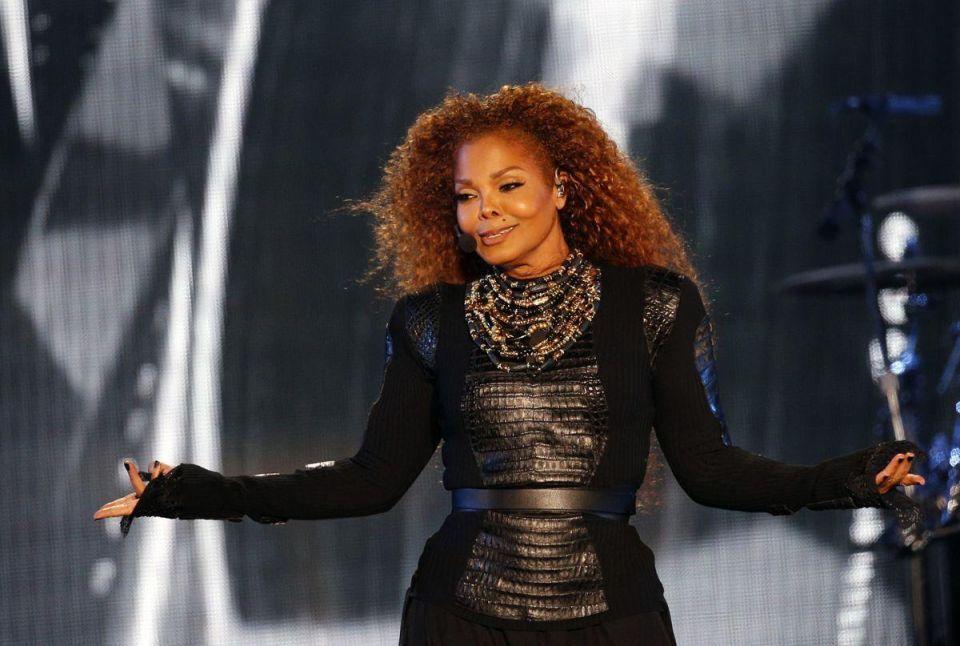 Janet Jackson resumes tour after splitting from her Qatari husband