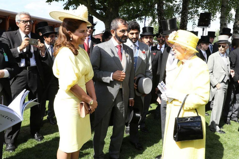 Sheikh Mohammed meets with Queen Elizabeth II at Epsom