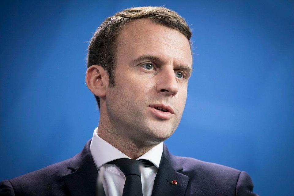 Macron says ready to host aid conference for blast-hit Lebanon