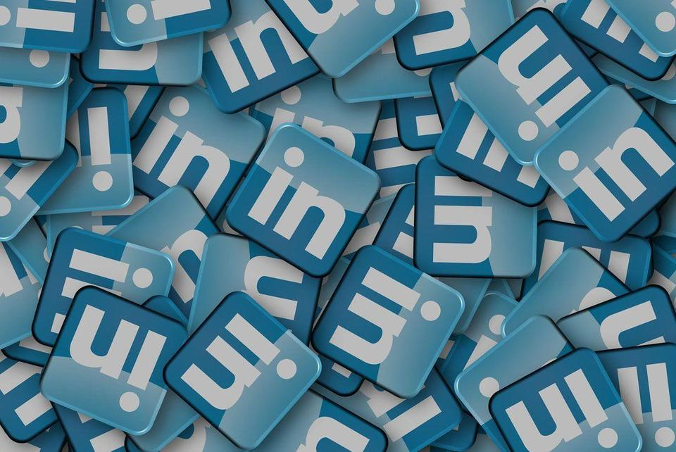 How to improve your LinkedIn profile with seven simple tips