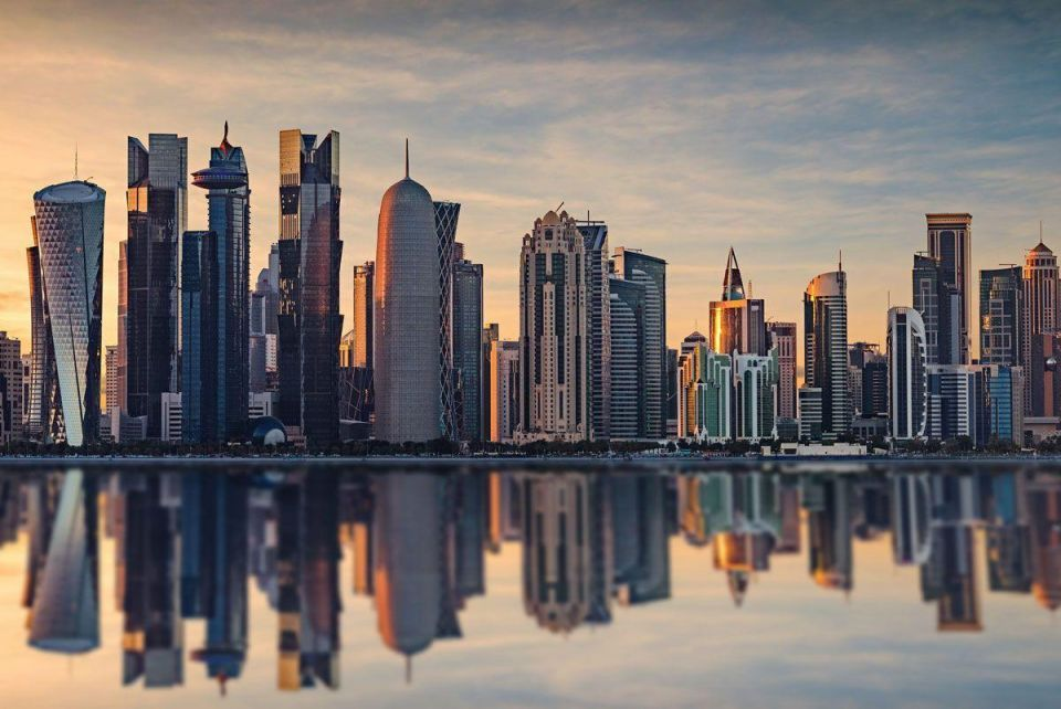 Qatar wealth fund said to inject dollar deposits in local banks
