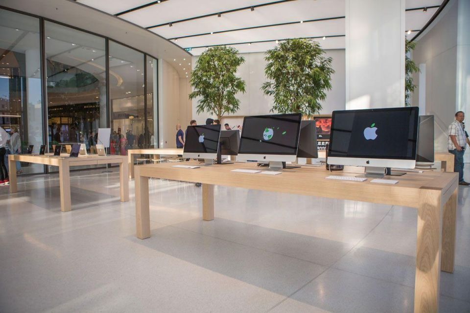 In pictures: New Apple store in Dubai features kinetic 'wings' that responds to temperature