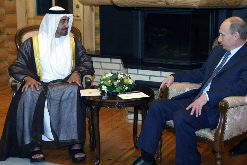 Mohamed bin Zayed discusses regional developments with Putin