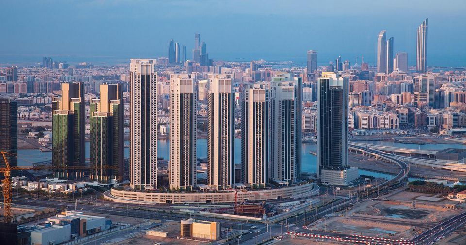 Average Abu Dhabi office rents slump by 11.5% in 2017