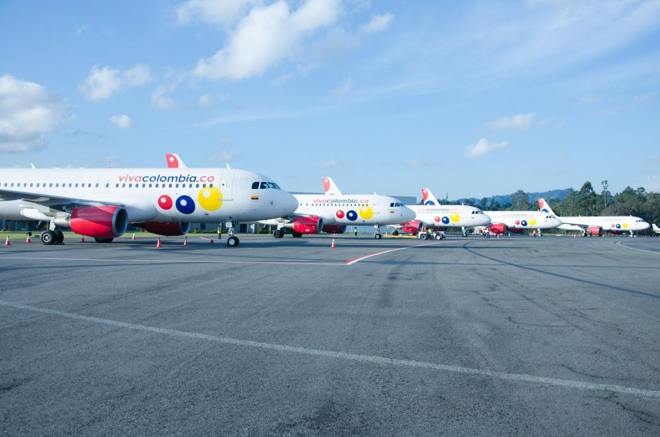 Dubai's DAE delivers three A320s to Colombian airline