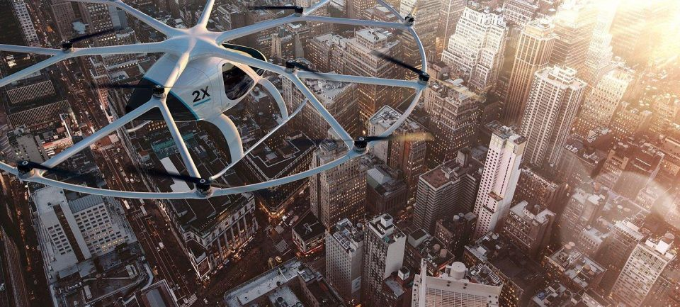 From flying taxis to robocops - Dubai as tech pioneer