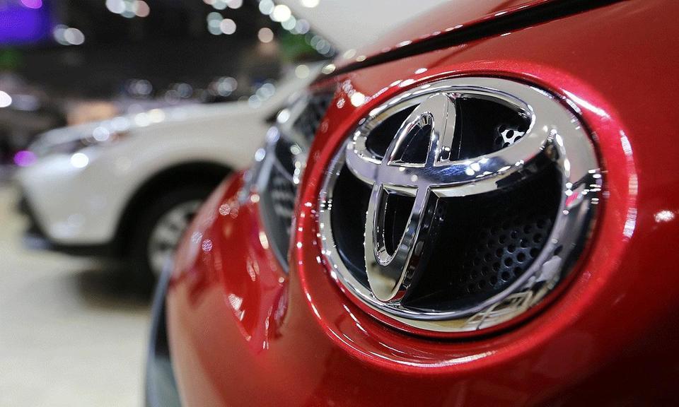 Toyota first-half net profit up 2.6% on sales, cost cuts